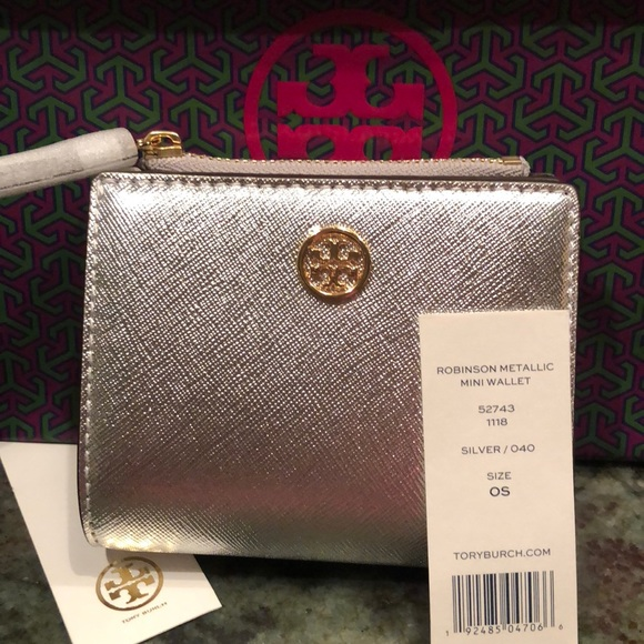 b0421d7ebb5 NWT Tory Burch Robinson Metallic Mini Wallet NWT